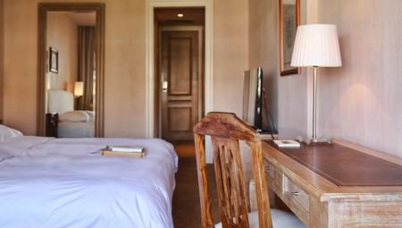 superior room_0002_2.13 Superior Room