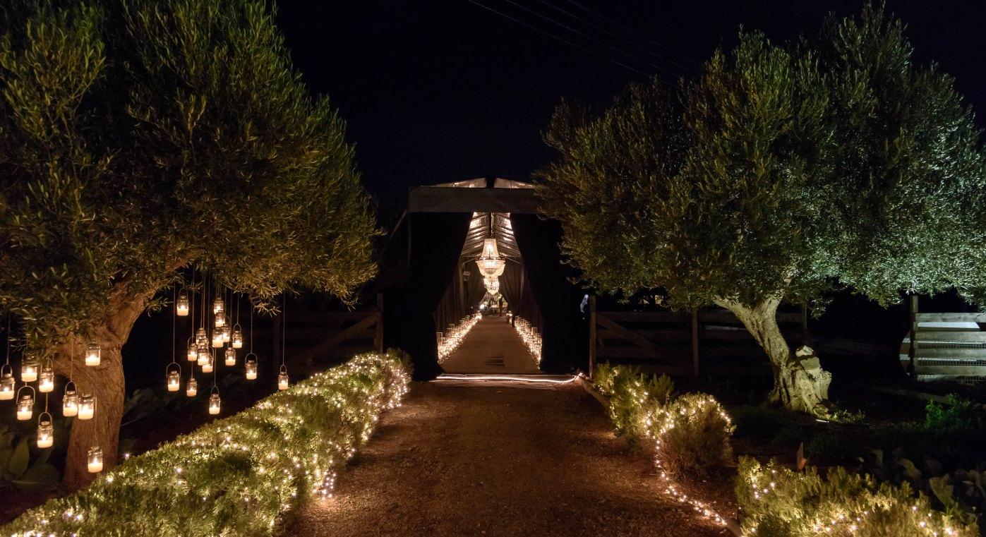 Wedding Margi Farm Entrance