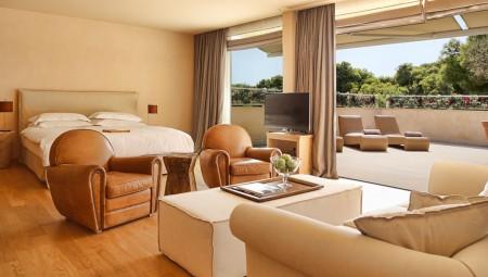 grand terrace suite_0001_2.4 Grand Terrace Suite