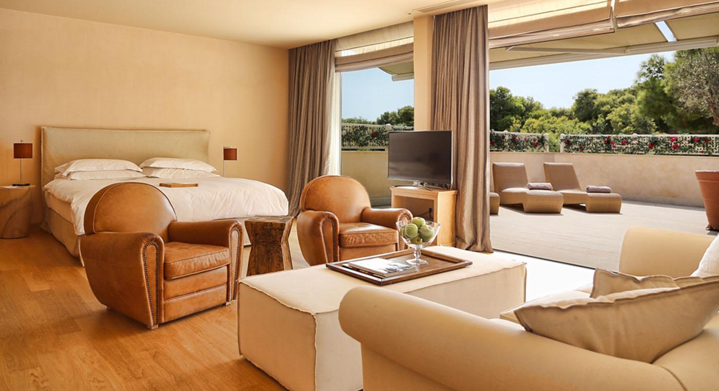 Grand Terrace Suite 0001 2.4 Grand Terrace Suite